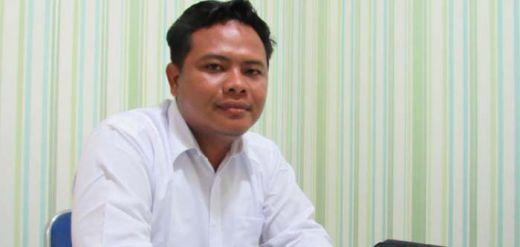 Oalah... Hanya Gara-gara Telat Buatkan Pesanan Kajari, Penjual Lemari Kaca Dilaporkan ke Polisi