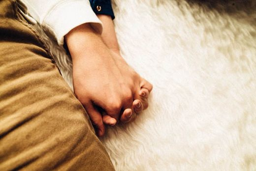 GoNews - Berkat Anak Berhasil Menyadap Whatsapp, Suami Pergoki Istri