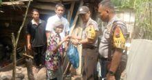 Kapolres Dharmasraya Serahkan Bantuan Sembako, Wali Nagari Empat Koto Ucapkan Terima Kasih