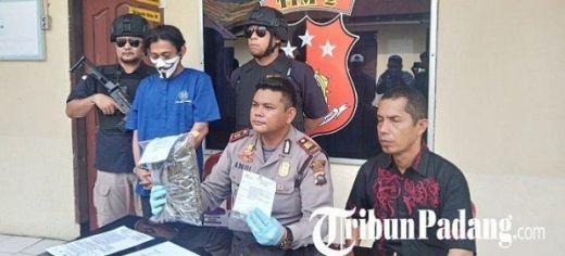 Jual Ganja ke Polisi yang Menyamar, Seorang Buruh Ditangkap Polsek Lubuk Begalung Padang