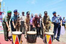 Kampung KB Dicanangkan di Padang, Dua Anak Saja Cukup