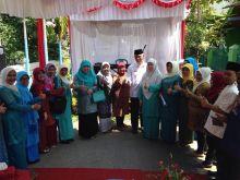 Wakili Kota Padang, Banjir Tak Surutkan Tekad Dasawisma Melati Lima untuk Juara