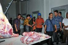 LIPI dan Pemerintah Provinsi Sumbar Operasionalkan Rumah Potong Hewan Modern di Payakumbuh