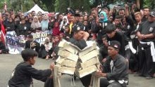 Diikuti 10 Perguruan, Parade Pencak Silat Dharmasraya Berlangsung Meriah