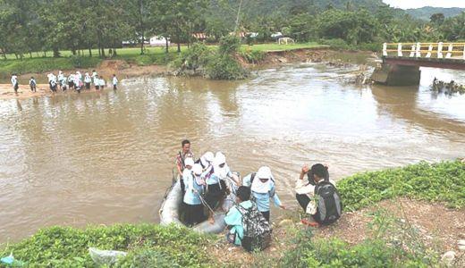 Berkat Bantuan PT Pertamina, Jembatan Roboh di Pasar Laban Bungus Padang Kembali Dibangun