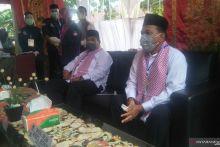 Suhatri Bur-Rahmang Pertama Daftar di KPU untuk Maju di Pilkada Padang Pariaman