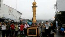 Hebat! Warga Kampung Pondok Dirikan Monumen Bukti Kelurahan Berprestasi