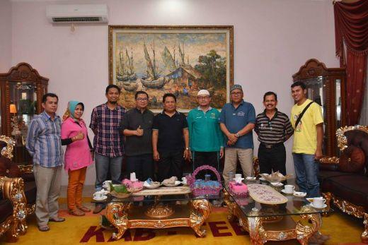 Perjalanan ke Palembang, Bupati Kabupaten Tebo Jambi Jamu Rombongan Pemko Padang Panjang