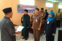 Kepala Sekretariat dan Anggota Pengganti BPSK Padang Panjang Dilantik