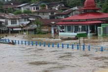 BPBD Padang Siaga dan Terjunkan Personil ke Daerah Terkena Banjir dan Longsor