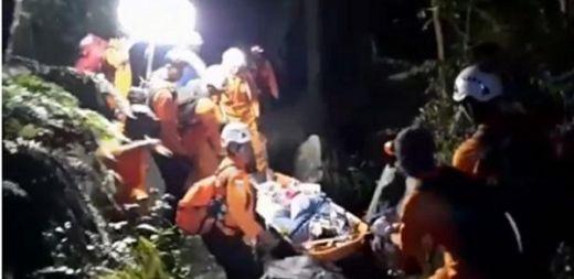 Jatuh ke Jurang di Puncak Marapi, Pendaki Asal Padang Akhirnya Berhasil Dievakuasi