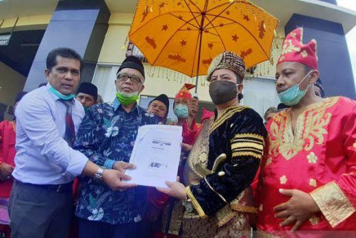 Sebut Orang Minang Sekarang Lebih Kadrun dari Kadrun, Ade Armando Dilaporkan ke Polda Sumbar