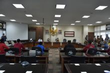 DPRD Sumbar Surati Presiden Keluarkan Perpu UU Omnibus Law