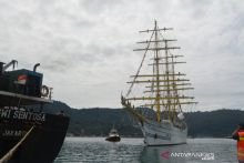KRI Bima Suci Kembali Bersandar di Pelabuhan Teluk Bayur Padang