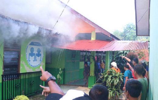 SDN 13 Pulau Punjung Terbakar, Ruangan Kepala Sekolah dan Majelis Guru Ludes