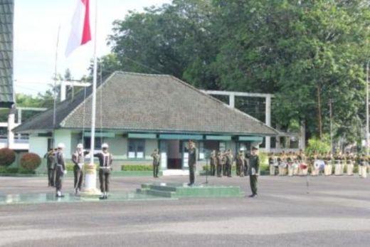 Upacara Hari Pahlawan di Makorem 032/Wirabraja Penuh Khidmat