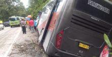 Bawa Rombongan Siswa, Bus Pariwisata Tabrak Beruntun di Sitinjau Laut, 12 Orang Luka-luka