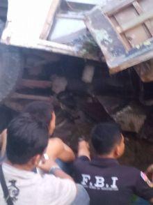 Ini Foto-Foto Bus Kampus Unand yang Alami Kecelakaan di Gerbang Kampus Limau Manis