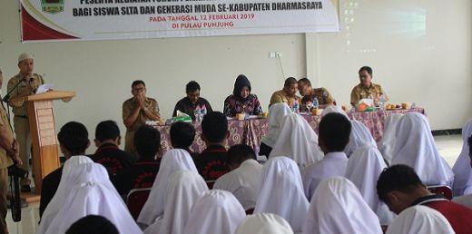 Gugah Kesadaran Generasi Muda, Kesbangpol Dharmasraya Gelar Forum Peningkatan Wawasan Kebangsaan Bagi Siswa SLTA
