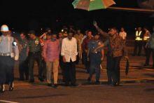 Saat Kunjungan ke Padang, Jokowi: Operasi Kemanusiaan Tidak Bisa Dilakukan Sendiri