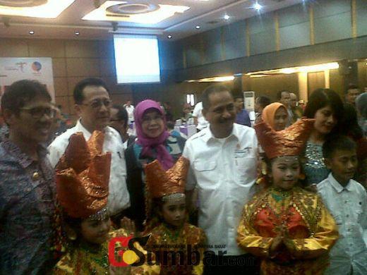 Disaksikan Menpar Arief Yahya, Tiga Gubernur di Sumatera Sepakat Melakukan Sinergi Pengembangan Kepariwisataan
