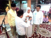walikota-padang-dan-istri-bahagia-dikaruniai-cucu-pertama