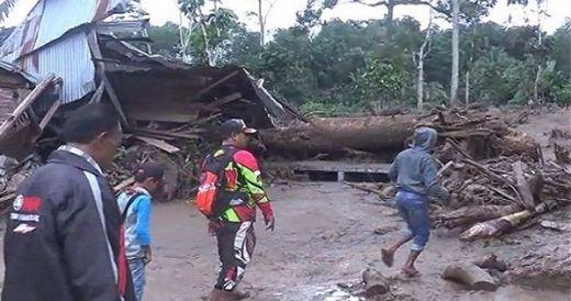 2 Jembatan Gantung Putus, 875 KK Terisolasi di Pasaman Barat