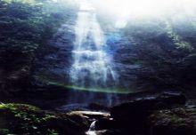 Indahnya Air Terjun Pelangi di Nagari Pelangai Pesisir Selatan