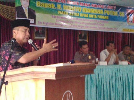Sering Dilanda Banjir, Warga Gunung Pangilun Mengadu ke Wakil Ketua DPRD Padang Wahyu Iramana Putra untuk Perbaikan Drainase