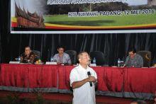 Rakor dengan Menpar Arief Yahya, Bupati dan Walikota di Sumbar Berebut Tawarkan Daerahnya Jadi Ikon Pariwisata Sumbar
