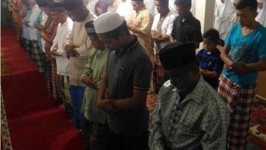 Jamaah Naqsabandiyah di Padang Ternyata Sudah Shalat Idul Fitri Hari Ini