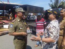 DPRD Padang Apresiasi Pembokaran Bangunan Sendiri Oleh Pedagang di Pantai Padang