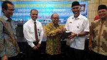 Rumah ASN Dibedah, Walikota Padang: Rawatlah Rumah yang Sudah Diperbaiki!