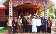 Kaum Tigo Niniak Gelar Halal Bihalal di Rumah Gadang Soko Pengulu Besar Sungai Dareh