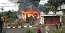 Pemilik Sedang di Bengkel, Rumah di Sumaniak Hangus Terbakar