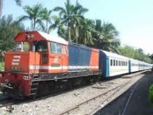 Diduga Stres, Pria Ini Tabrakan Diri ke Kereta Api di Lubuk Buayo