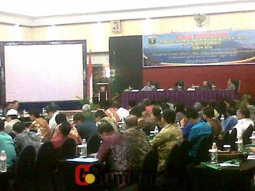 Gubernur Sumbar Tabik Rabo, Ada Bupati dan Walikota Sering Gonta Ganti Nomor Handphone