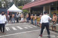 Bukannya Dirangkul untuk Penanganan Covid-19, Empat Preman di Pasar Raya Padang Justru Diamankan Polisi