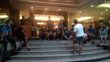 Gempa di Pariaman Sumbar Membuat Pemain Pusamania Berhamburan Keluar Hotel