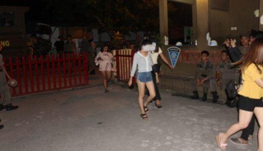 Satpol PP Padang Gelandang 7 Wanita Pemandu Karaoke