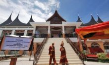 Malaysia Luncurkan Kamus Bahasa Minang, Tan Sri: Ada Masyarakat Minang yang tidak Bangga Lagi Berbahasa Minangkabau