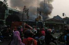 Restoran Nasi Padang di Jatinegara Terbakar Tadi Pagi
