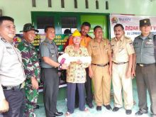 Kasdim 0312/Padang Padang Serahkan Kunci Rumah Veteran di Bungus
