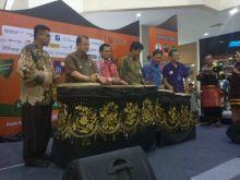 Tabuhan Gendang Tassa Menandai Pembukaan Expo iB Vaganza di Kota Padang