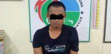 Digerebek Polisi di Rumah Mertua, Pengedar Sabu Sembunyi di Kamar Mandi