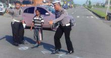 Terpental Ditabrak Mobil di By Pass Padang, Pengendara Motor Meninggal