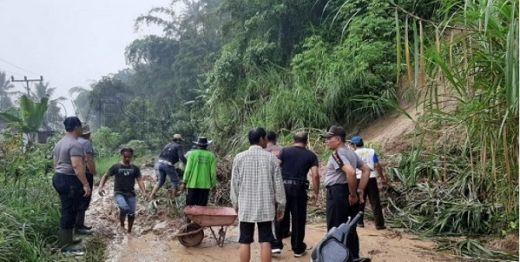 Akibat Hujan Deras, Belasan Wilayah di Bukittinggi Terdampak Longsor dan Banjir