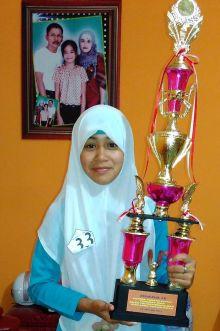 Roza Amelia, Siswi SMPN 2 Luak, Juara II Lomba Pidato tingkat SMPN se Kabupaten Limapuluh Kota dan Kota Payakumbuh