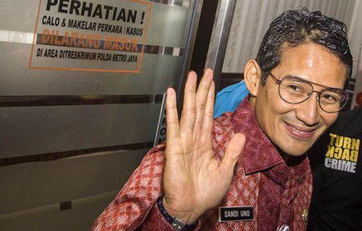 Dapat Kiat Wisata Halal dari Sumbar, Sandiaga akan Kembangkan Juga di Jakarta