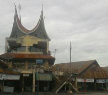Memprihatinkan! Ditinggal Bus Penumpang, Terminal Bareh Solok jadi Arena Road Race